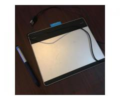 Tablette graphique Wacom Intuos Pen & Touch