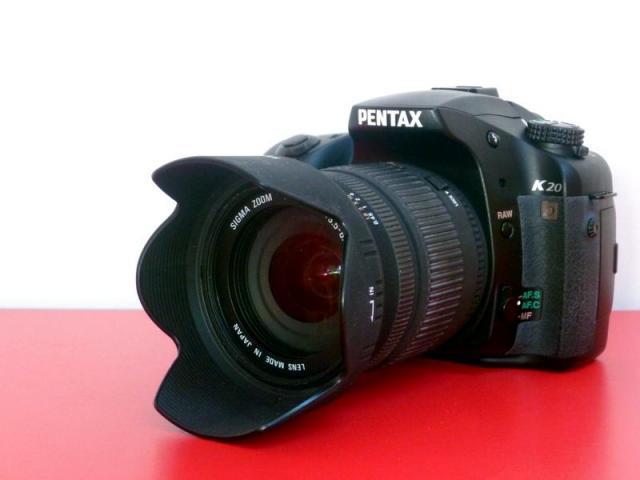 PENTAX K20 D avec zoom SIGMA 18-200mm f 3.5-6.3 DC
